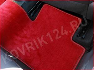 Красный коврик на заднее сиденье Лада Веста
